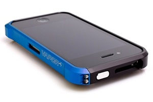 Bumper VAPOR для iPhone 4/4S металл (черный/синий)