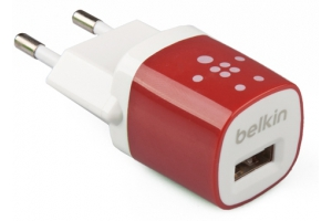 """СЗУ """"Belkin"""" 1A с USB выходом (F8JO17E RED) (белый/красный)"""